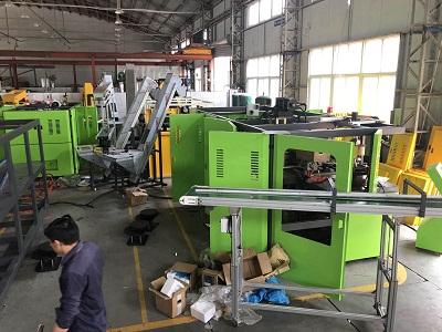 PET Blowing Machine Workshop
